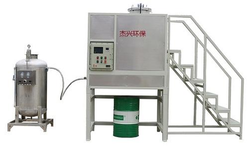 連續型溶劑回收機T-400