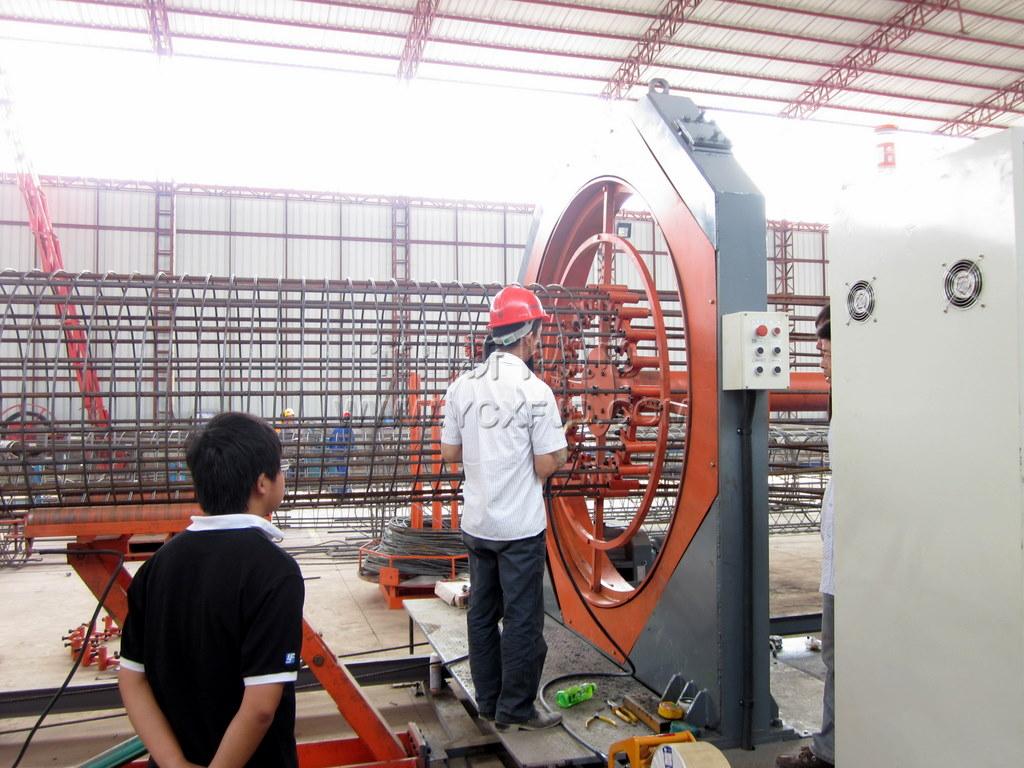 钢筋笼成型机——广州市裕丰建筑工程机械制造有限公司