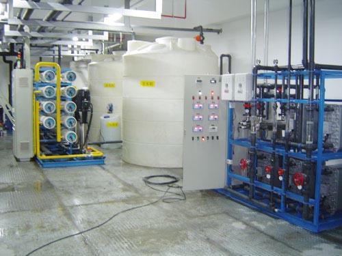 触摸屏产品清洗用纯水超纯水设备